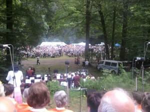Blick vom Chor auf die Zuschauer